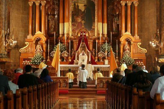 Importância-de-ir-na-Santa-Missa